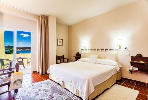 Foto HOTEL VILLA MARGHERITA di GOLFO ARANCI