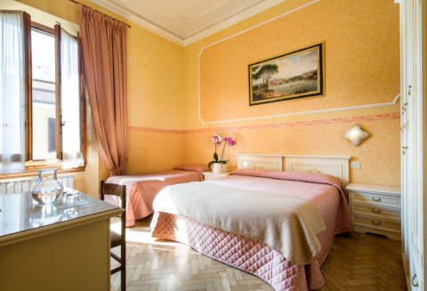 Photo HOTEL  FIORITA a FIRENZE
