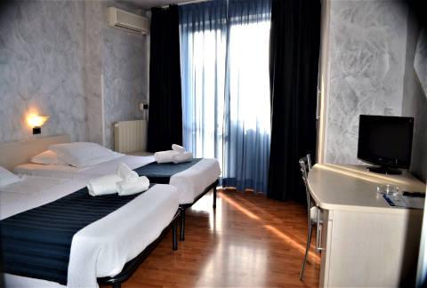 Foto HOTEL PARK  di LATINA