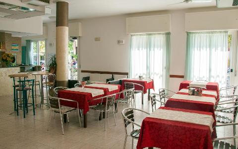Fotos HOTEL LAURA  von CESENATICO
