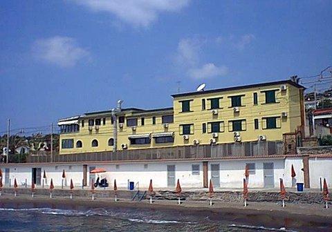 Fotografie HOTEL  DELLE ROSE von POZZUOLI