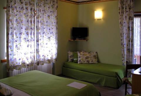 Foto HOTEL MONACO SPORT  S.R.L. di SANTO STEFANO DI CADORE