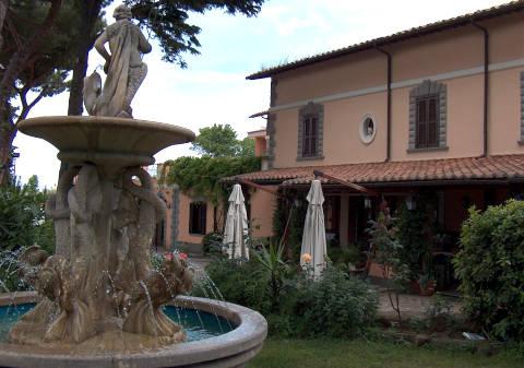 Foto HOTEL  RISTORANTE VILLA ICIDIA di FRASCATI