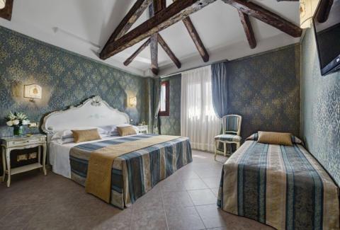 Foto HOTEL ANTICA LOCANDA AL GAMBERO di VENEZIA