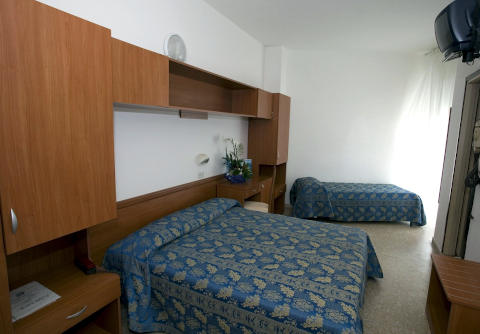 Foto HOTEL IMPERIALE di CESENATICO