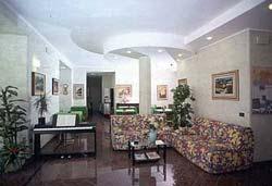 Foto RESIDENCE HOTEL  AZALEA di BAVENO