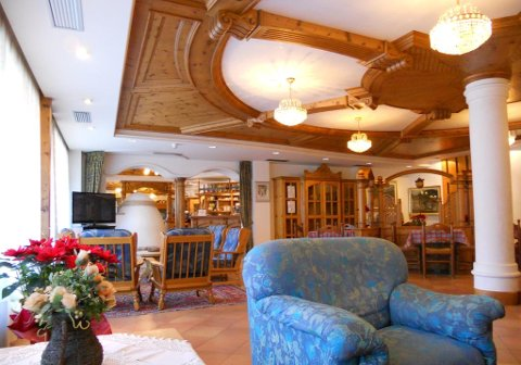 Foto HOTEL LA PERLA di FIERA DI PRIMIERO