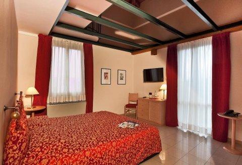 Foto HOTEL SANT'ANNA di VERBANIA