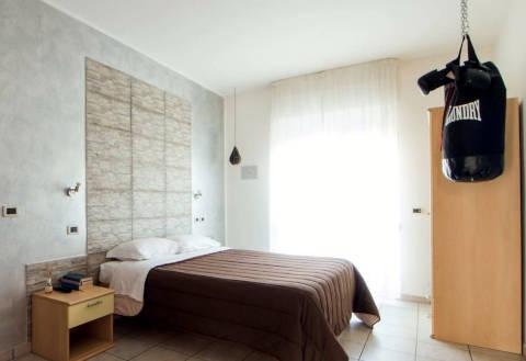 Foto HOTEL AFFITTACAMERE VILLA CESARE di ALBA ADRIATICA