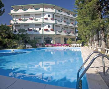 Foto HOTEL  K2 di NUMANA