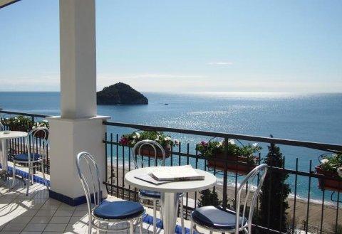 Photo HOTEL BEST WESTERN  ACQUA NOVELLA a SPOTORNO