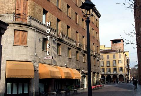 Foto HOTEL IMPERO di CREMONA