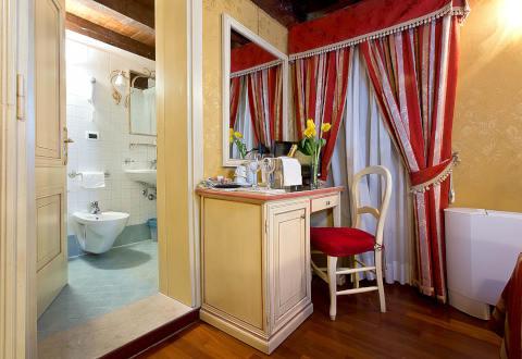 Foto HOTEL ALBERGO CA' SAN POLO di VENEZIA