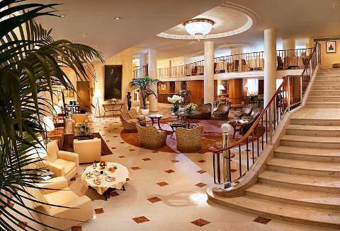 Foto HOTEL CAVOUR di MILANO