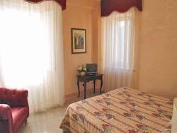 Foto HOTEL DIMORA DEL CARDINALE di MARATEA