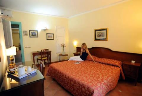 Foto HOTEL MEDITERRANEO di SIRACUSA