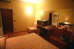 Fotos HOTEL  VICTORIA MEUBLE von PORTO SAN GIORGIO