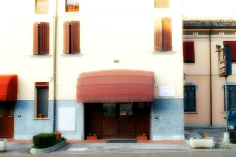 Photo HOTEL ALBERGO AIRONE a OSTELLATO