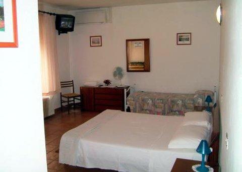 Foto HOTEL ALBERGO AIRONE di OSTELLATO