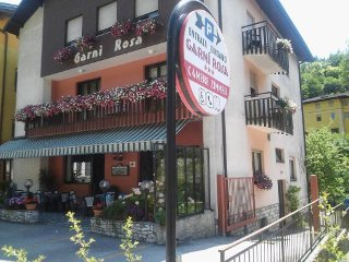 Foto HOTEL GARN� ROSA di MOLINA DI LEDRO