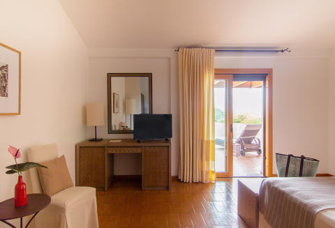 Foto HOTEL  AQUADULCI di DOMUS DE MARIA
