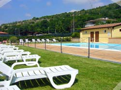 Hotel piscina la suite recensione eccezionale for Piscina 29 de abril telefono