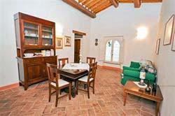 Foto CASA VACANZE LA LOCANDA DEL BORGO - COUNTRY HOUSE di PIETRALUNGA