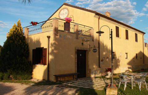 Foto CASA VACANZE POGGIO DEL SOLE COUNTRY HOUSE di CITTÀ SANT'ANGELO