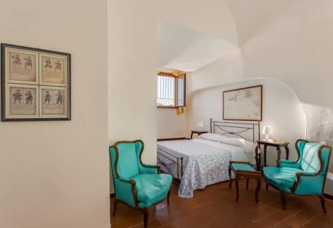 Foto HOTEL  TORRE DEI BORBONI di PONZA