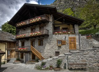 Photo APPARTAMENTI RESIDENCE EMILE REY a COURMAYEUR