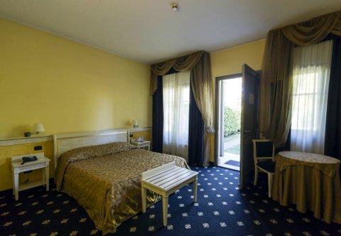 Foto HOTEL MALPENSA INN  MOTEL di LONATE POZZOLO