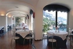 Foto HOTEL LE TERRAZZE di CONCA DEI MARINI