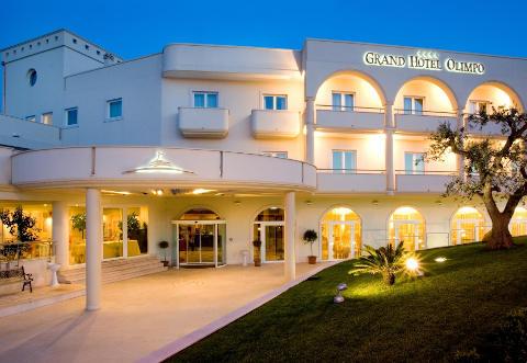 Fotos HOTEL GRAND  OLIMPO von ALBEROBELLO
