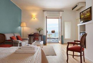 Foto HOTEL  PUNTA NORD-EST di CASTELLAMMARE DEL GOLFO