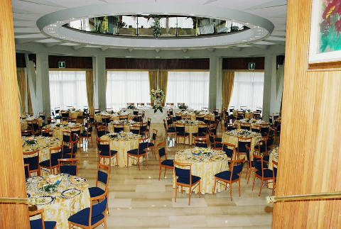 Foto HOTEL CIPRIANI PARK  di RIVISONDOLI