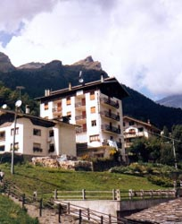 Foto HOTEL PENSIONE GENZIANELLA di ALAGNA VALSESIA