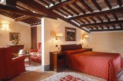 Foto HOTEL DIMORA STORICA RELAIS FALISCO di CIVITA CASTELLANA