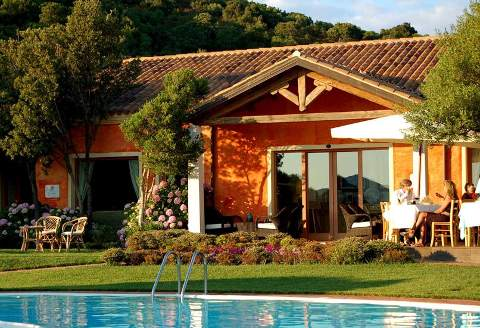 Foto HOTEL ALDIOLA COUNTRY RESORT di SANT'ANTONIO DI GALLURA