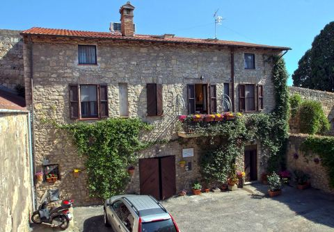 Picture of B&B LE ANTICHE MURA of TARQUINIA