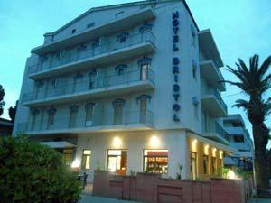 Foto HOTEL   BRISTOL di VASTO MARINA