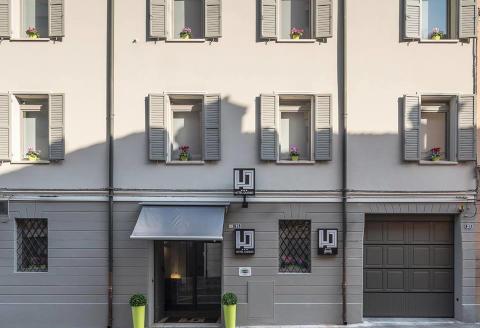 Photo HOTEL  DUOMO MEUBLE' a CARPI