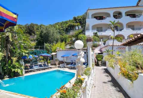 Foto HOTEL  VILLA  FIORENTINA di CASAMICCIOLA TERME