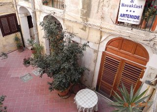 Picture of B&B BED AND BREAKFAST ARTEMIDE of SIRACUSA