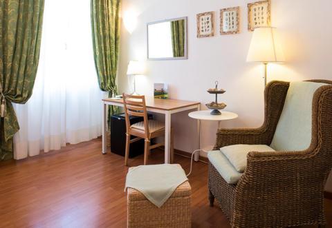 Picture of HOTEL   LAURI of MACERATA