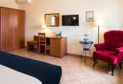 Foto HOTEL   LAURI di MACERATA