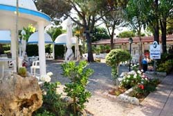 Foto HOTEL RESIDENCE REGINA di MARINA DI GIOIOSA JONICA