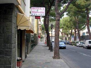 Foto HOTEL  MILANESINA di ALASSIO