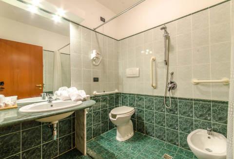 Foto HOTEL  FEDERICO II di L'AQUILA