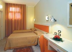 Foto HOTEL  CRISTAL di EBOLI