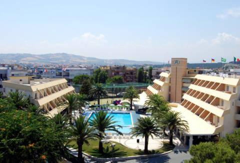 Picture of HOTEL PARK  E RESIDENCE VILLA ROSA of VILLA ROSA DI MARTINSICURO